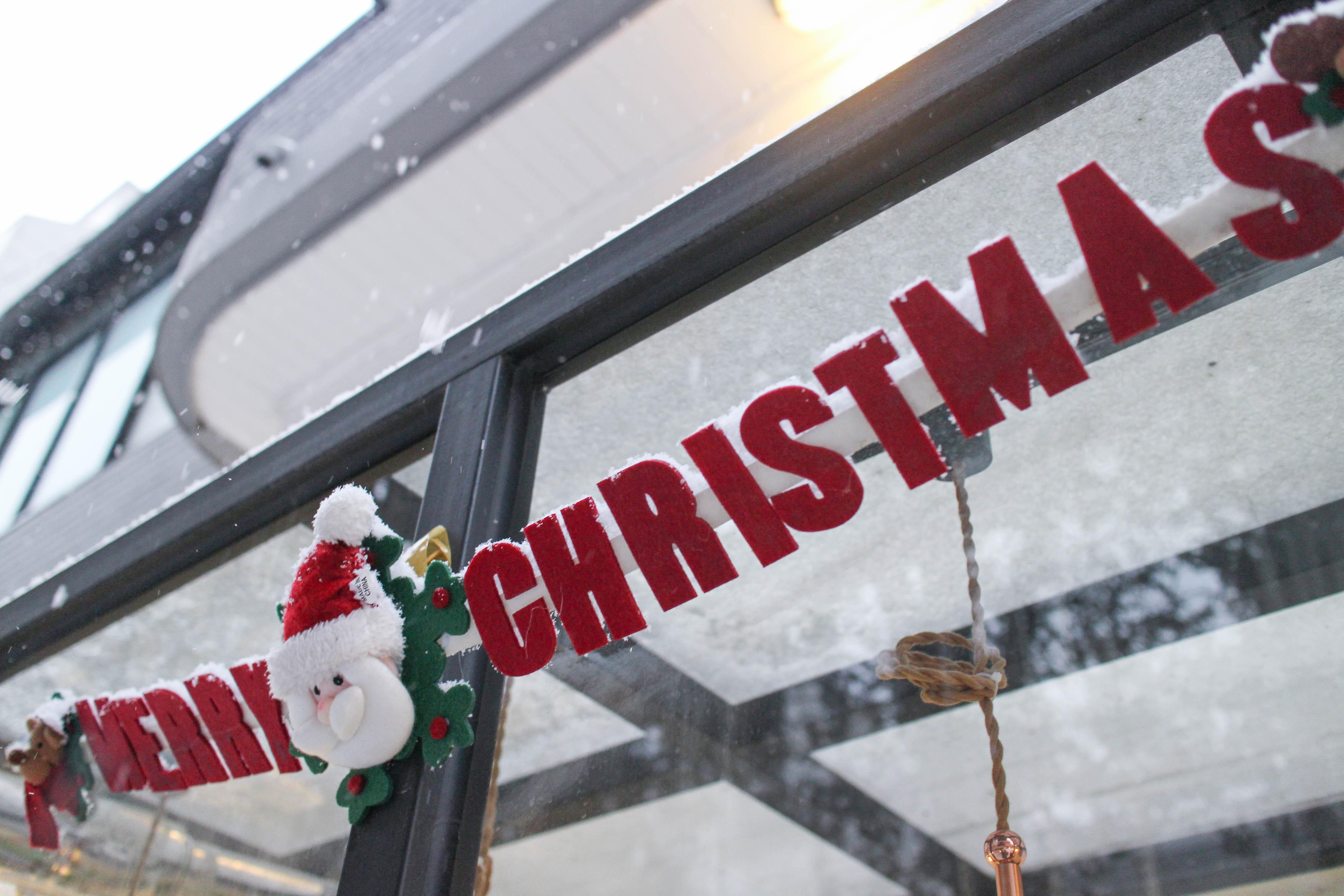冬遊韓國:: 首爾聖誕節的百種姿態。聽說今年雪來得早 (零下保暖穿搭、首爾下雪怎麼穿)