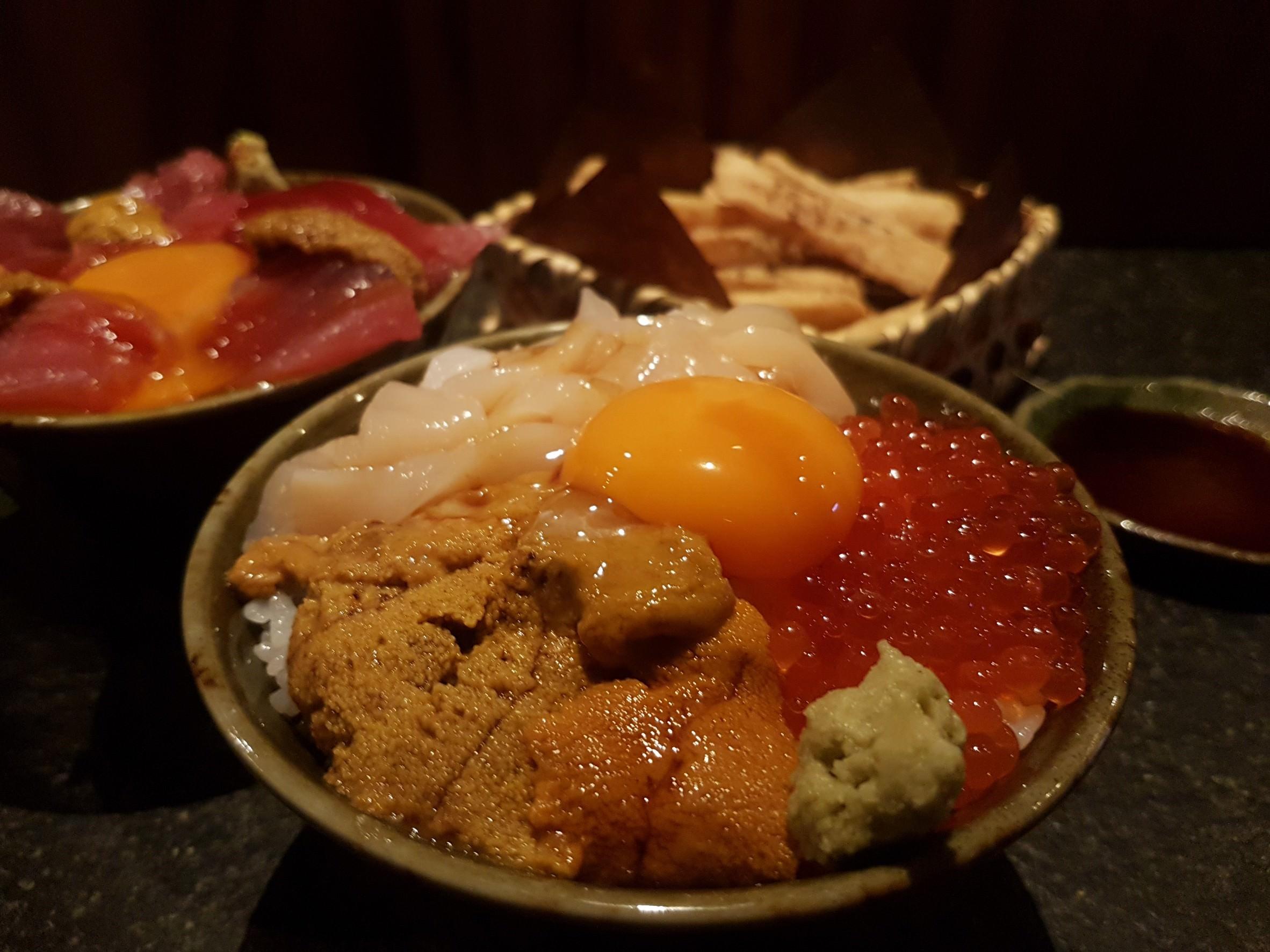 延吉街日本料理 :: 魚君 台北的築地市場!史上最霸氣海膽干貝四色丼華麗登場