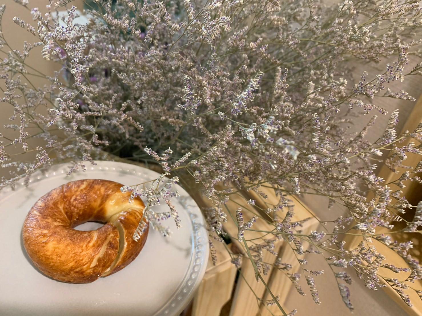 樹林咖啡推薦 :: monday doughnuts 從早餐店化身咖啡廳!畫報感韓系咖啡