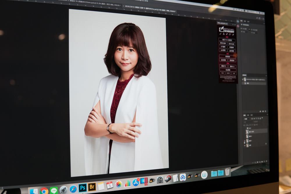 專業形象照拍攝 :: Holo + FACE 台北唯一推薦,高階主管/空姐/醫師/律師/講師履歷照 精緻人像攝影