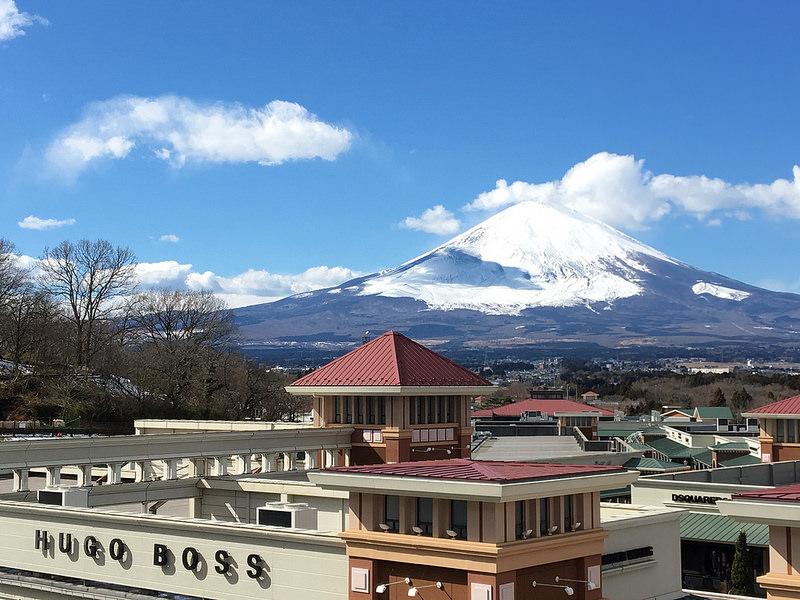 靜岡/御殿場outlet 富士山下頂級outlet!品牌總覽、交通攻略和美食推薦